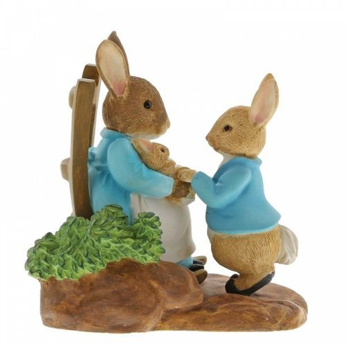PETER RABBIT At Home By The Fire With Mummy